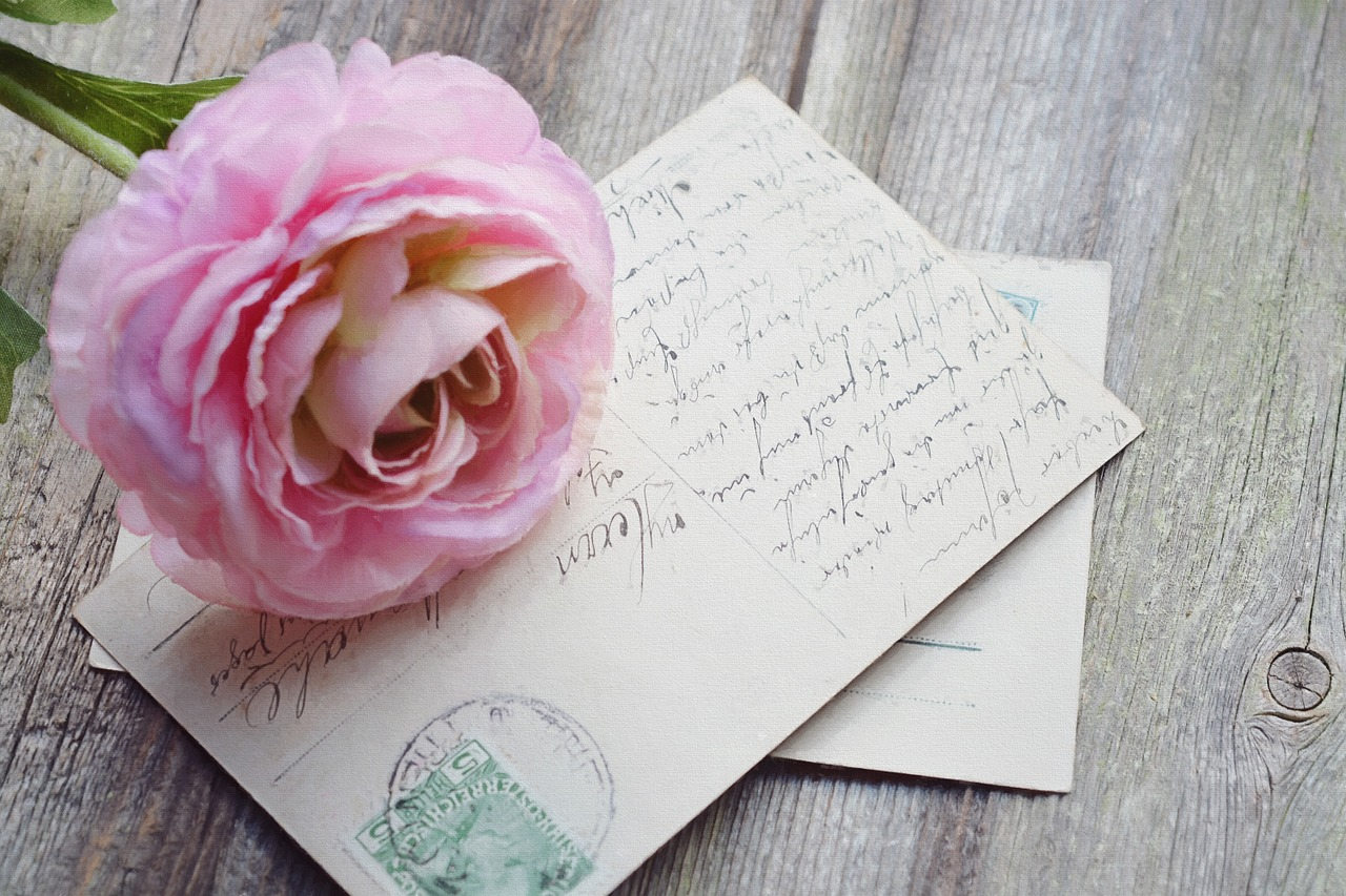 ПРИГЛАСИТЕЛЬНЫЙ: как красиво позвать гостей на праздник?